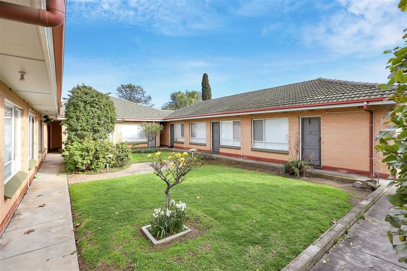 Photo - 1-8/362-364 Hampstead Road, Clearview SA 5085  - Image 3