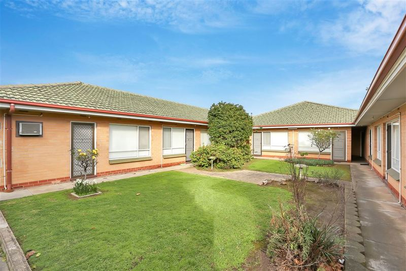 Photo - 1-8/362-364 Hampstead Road, Clearview SA 5085  - Image 4