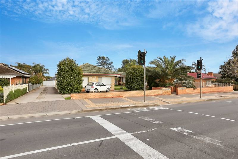 Photo - 1-8/362-364 Hampstead Road, Clearview SA 5085  - Image 5