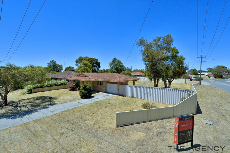 Photo - 1 Adare Place, Coodanup WA 6210  - Image