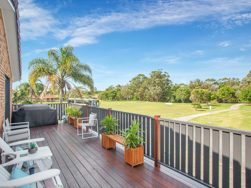 1 Coral Close, Old Bar NSW 2430