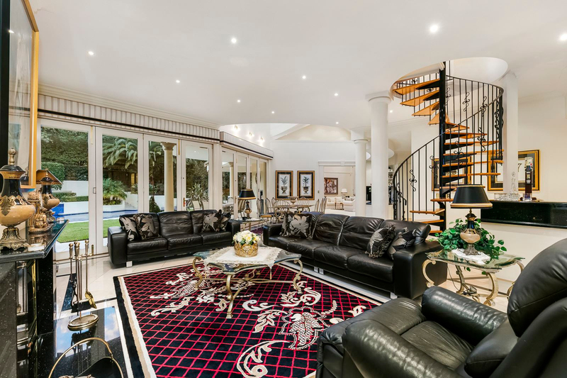 Photo - 1 Fairview Avenue, Wheelers Hill VIC 3150  - Image 9