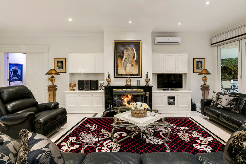 Photo - 1 Fairview Avenue, Wheelers Hill VIC 3150  - Image 11