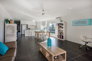 Stylish Family Living in Caloundra West