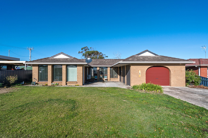 1 Lethborg Avenue, Turners Beach TAS 7315