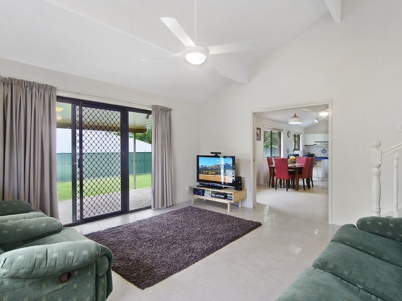 Photo - 1 Michelmore Road, Carrara QLD 4211  - Image 3