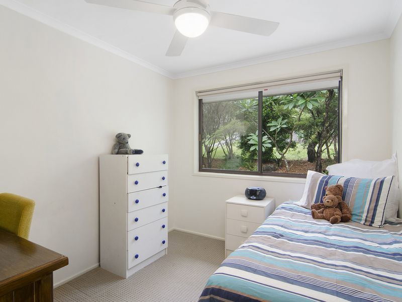 Photo - 1 Michelmore Road, Carrara QLD 4211  - Image 7