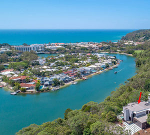 Noosa's Number One in Grand Design