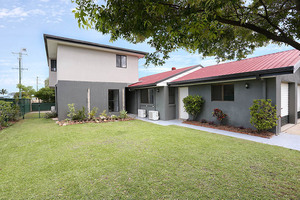 FANTASTIC VALUE AT BANKSIA BEACH