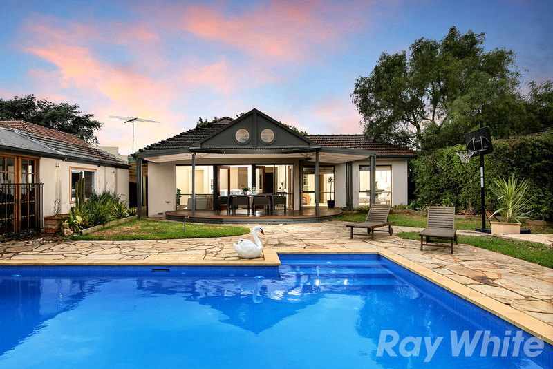 1 Waller Court, Cheltenham VIC 3192