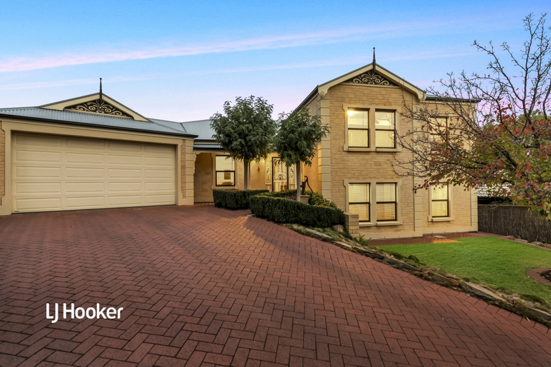 10 Bell Court, Valley View SA 5093