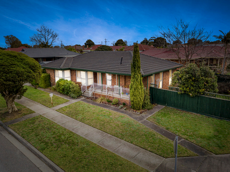 10 Claremont Crescent, Keysborough VIC 3173