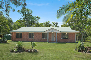 Beautiful Lifestyle Property in Cooroibah