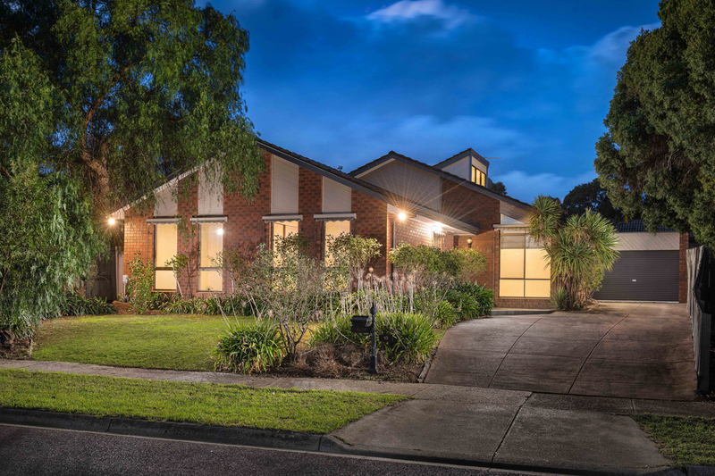 10 Doubell Court, Mill Park VIC 3082