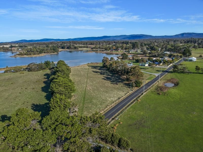 Photo - 10 Kelso Jetty Road, Kelso TAS 7270  - Image 2