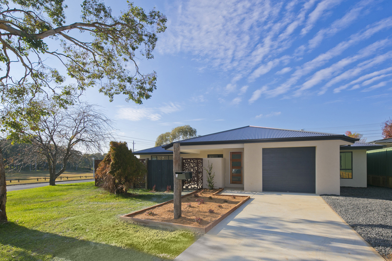 10 Lawrence Close, Macgregor ACT 2615
