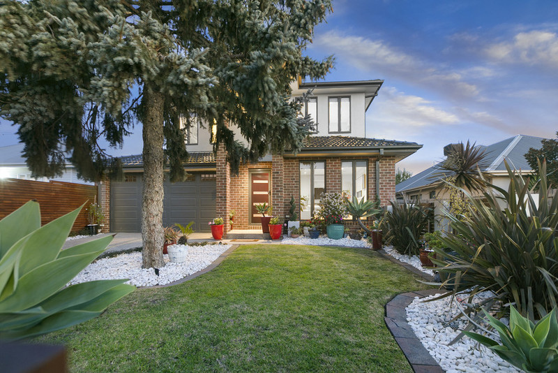 10 Summit Road, Frankston VIC 3199