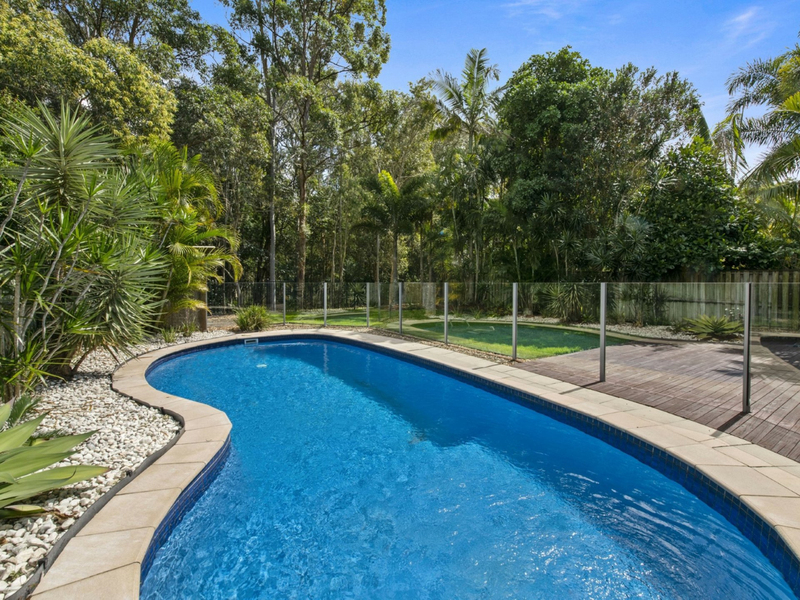 10 Sunview Drive, Twin Waters QLD 4564