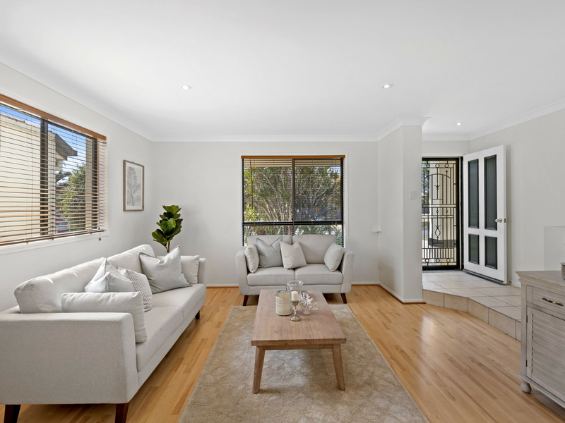 Photo - 10 Sunview Drive, Twin Waters QLD 4564  - Image 5