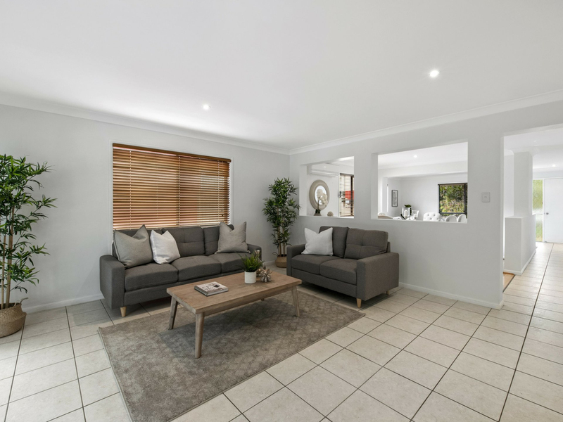 Photo - 10 Sunview Drive, Twin Waters QLD 4564  - Image 6