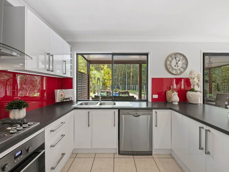Photo - 10 Sunview Drive, Twin Waters QLD 4564  - Image 8