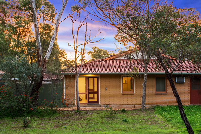 10 Weston Court, Para Hills West SA 5096