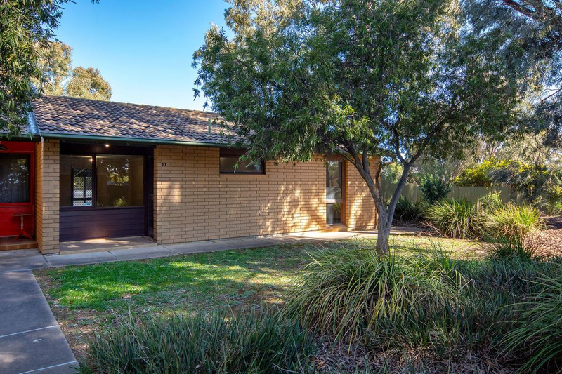 10 Woodmere Avenue, Mitchell Park SA 5043