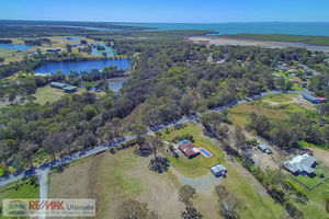 13 ACRES OF SERENITY CLOSE TO THE BAY