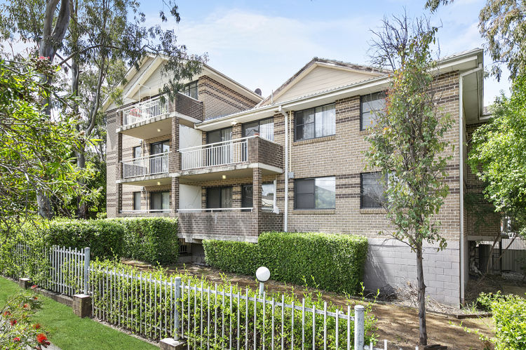 10/12-14 Chetwynd Road, Merrylands NSW 2160