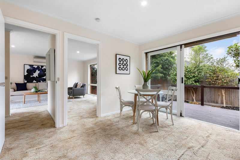 Photo - 10/1250-1252 North Road, Oakleigh South VIC 3167  - Image 9