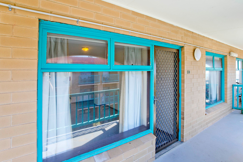 Photo - 10/194 Seaview Road, Henley Beach South SA 5022  - Image 4
