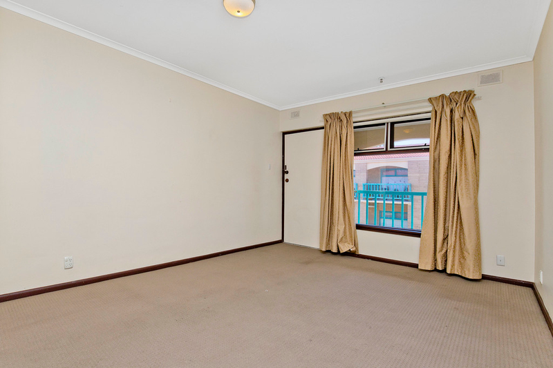 Photo - 10/194 Seaview Road, Henley Beach South SA 5022  - Image 5