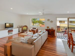 IMMACULATE PET FRIENDLY TOWNHOUSE