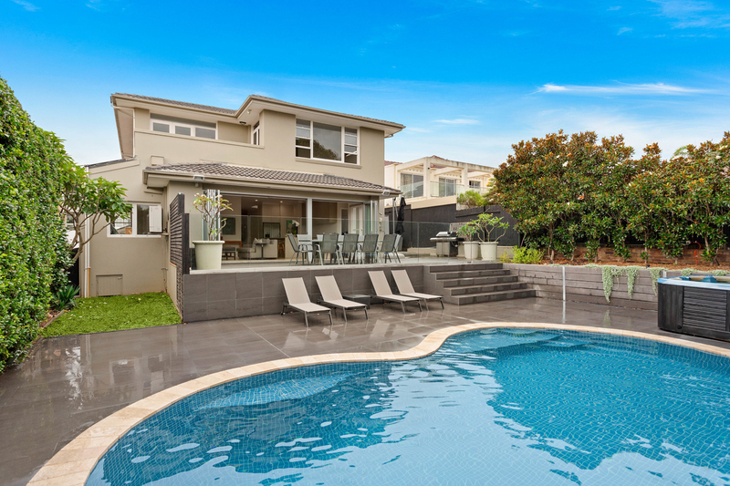 Photo - 104 Military Road, Dover Heights NSW 2030  - Image 1