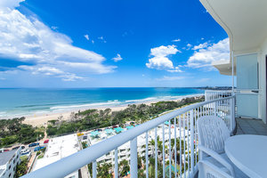 PENTHOUSE - NORTH EAST ASPECT - COTTON TREE - CATALINA 2