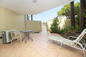 BIG COURTYARD ONE BEDROOM APARTMENT IN ALEX