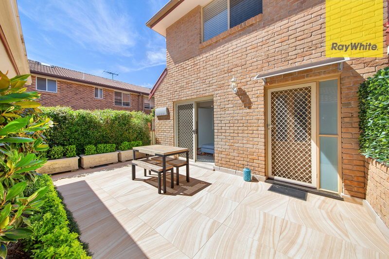 Photo - 10/88-92 Yathong Road, Caringbah NSW 2229  - Image 8