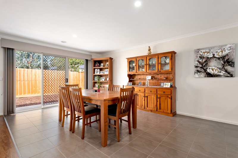 Photo - 10/98 Lampard Road, Drouin VIC 3818  - Image 4