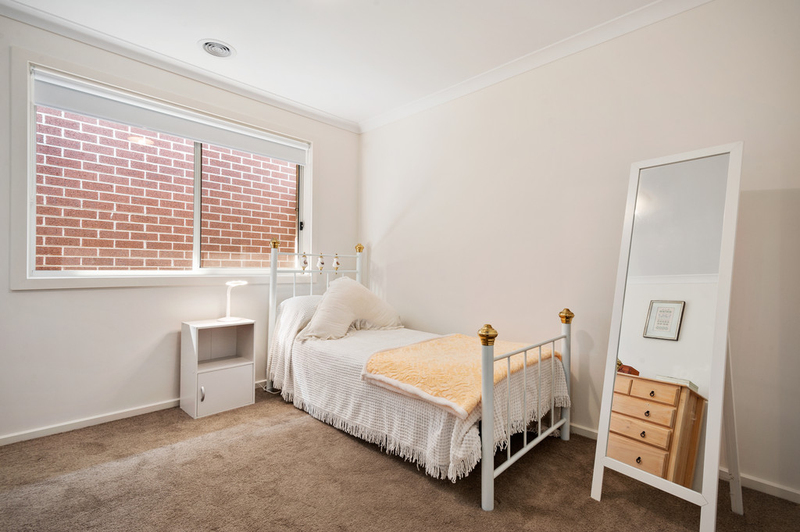 Photo - 10/98 Lampard Road, Drouin VIC 3818  - Image 9