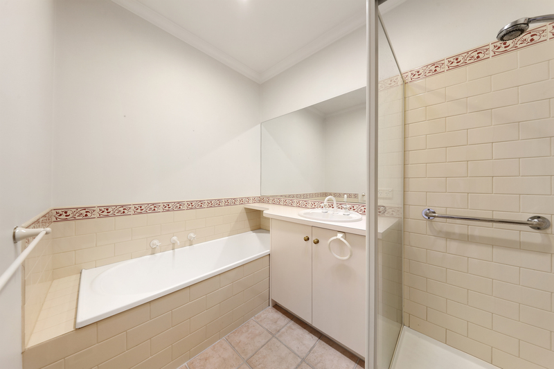 Photo - 1/1 Blair Street, Bentleigh VIC 3204  - Image 7