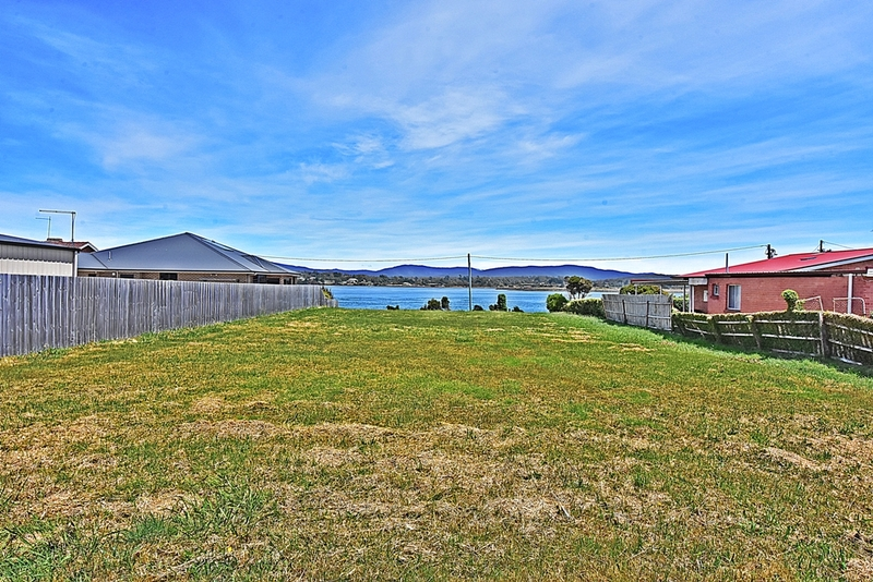 11 Esplanade South, George Town TAS 7253