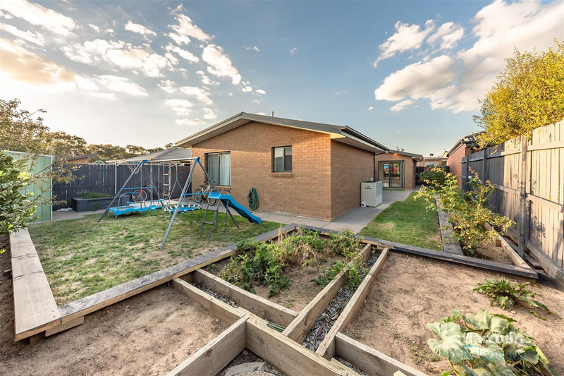 Photo - 11 Gulwan Street, Ngunnawal ACT 2913  - Image 12