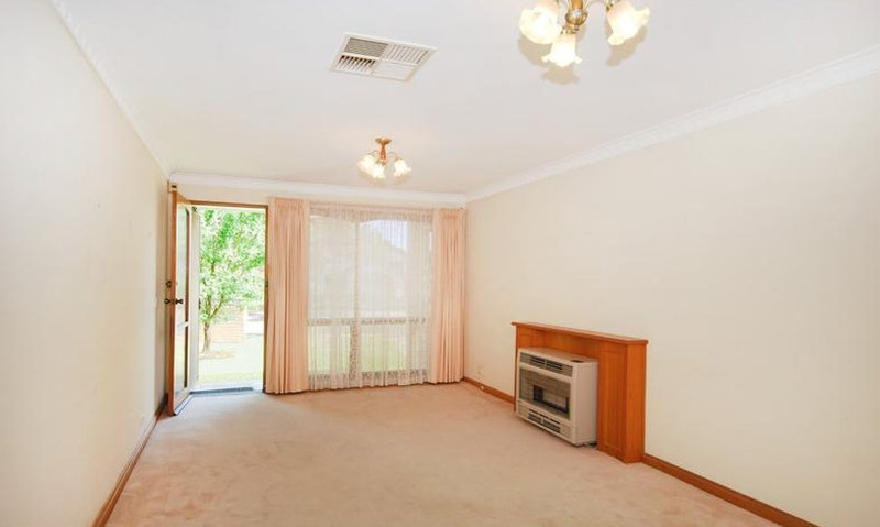 Photo - 1/1 Hillsley Avenue, Everard Park SA 5035  - Image 2