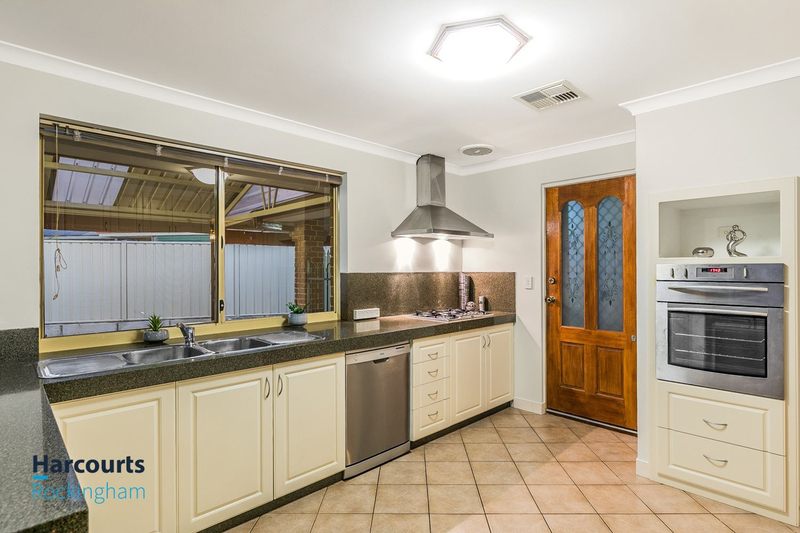 11 Jurien Close, Warnbro WA 6169