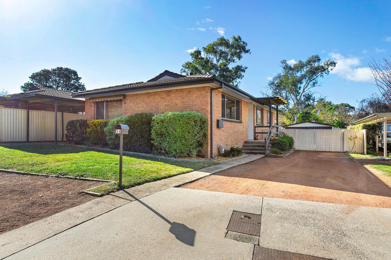 11 Mccarthy Place, Charnwood ACT 2615
