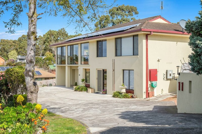 11 Pearl Place, Blackmans Bay TAS 7052