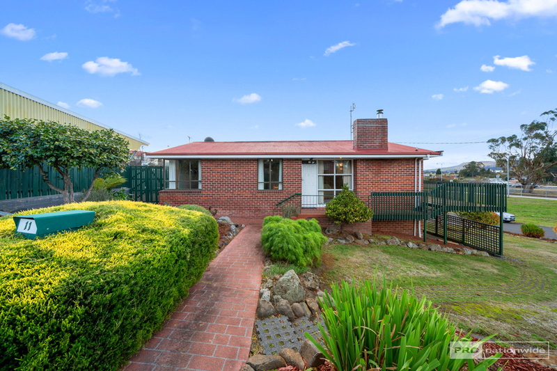 Photo - 11 Pulkara Circle, Berriedale TAS 7011  - Image 1