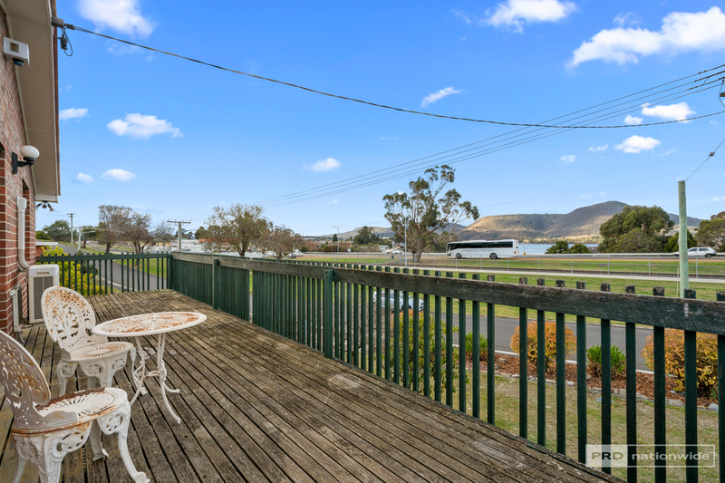 Photo - 11 Pulkara Circle, Berriedale TAS 7011  - Image 7
