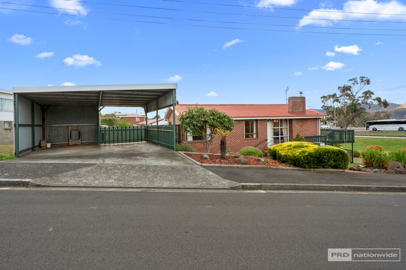Photo - 11 Pulkara Circle, Berriedale TAS 7011  - Image 14