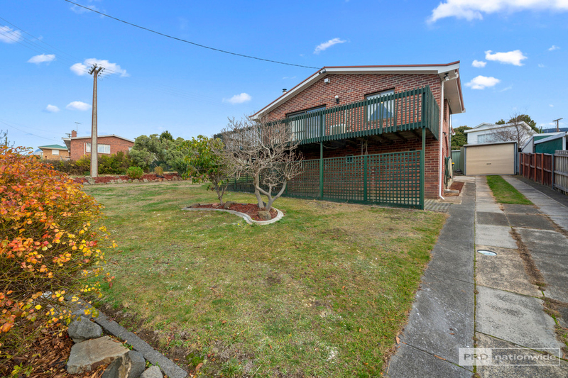 Photo - 11 Pulkara Circle, Berriedale TAS 7011  - Image 17